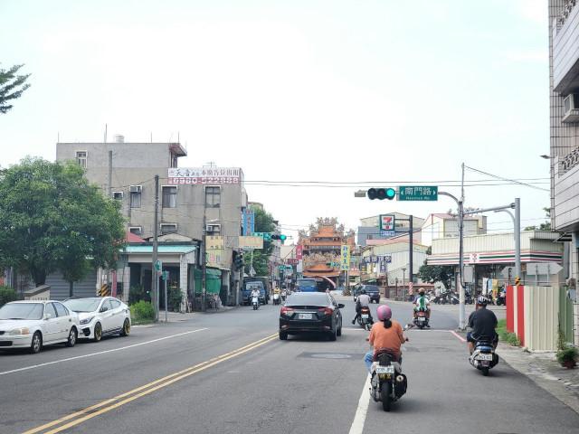 月津親水公園樓店,台南市鹽水區月津路