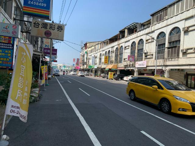 安中路透天店面,台南市安南區安中路
